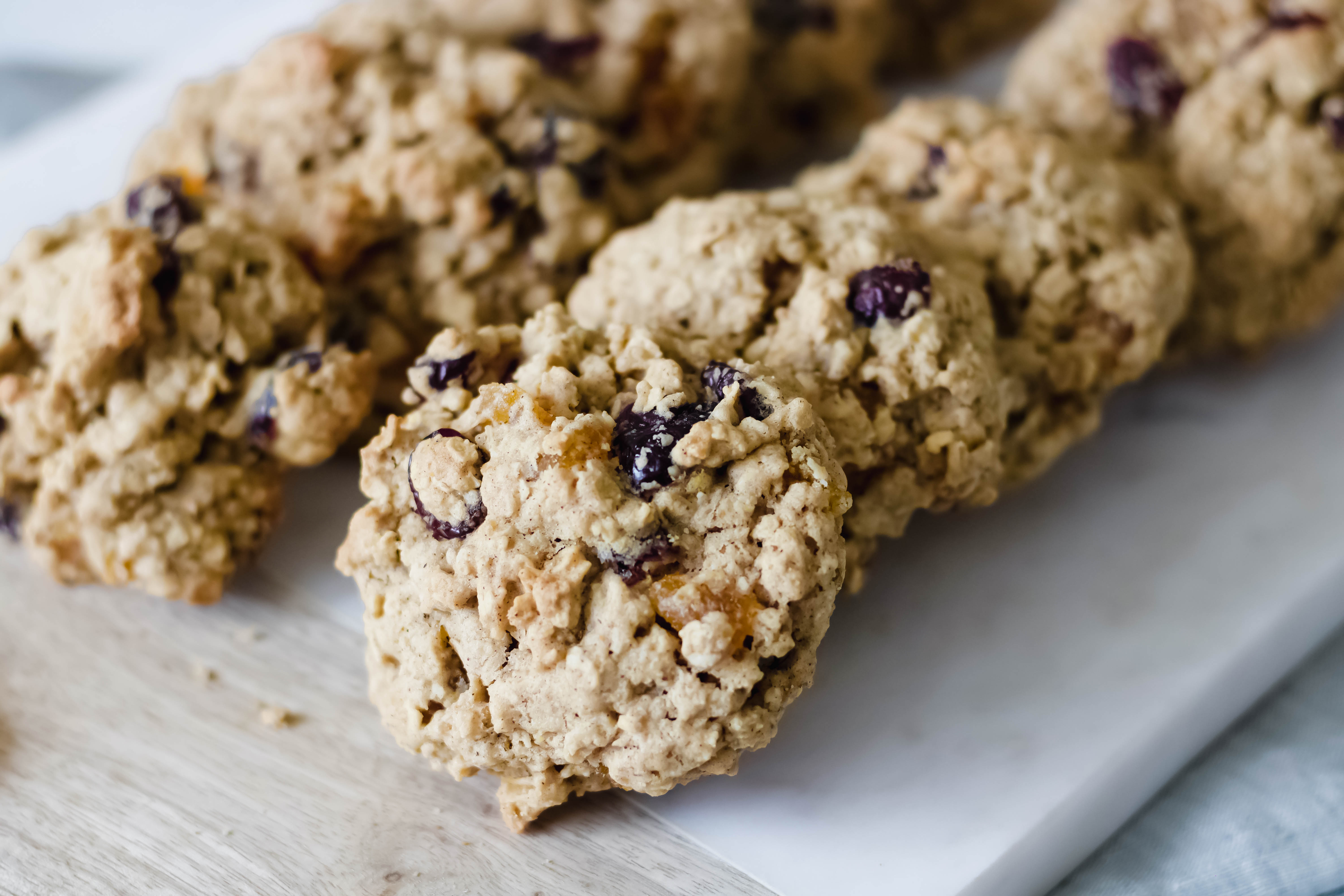 Apricot-Cranberry-Oatmeal-Cookies-2