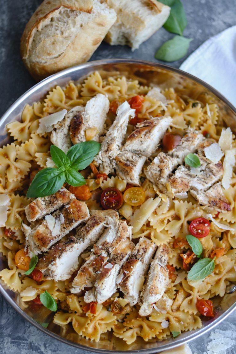 Easy Tomato Basil Chicken Pasta