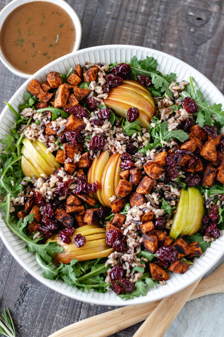 Hearty Autumn-Harvest Salad with Apples