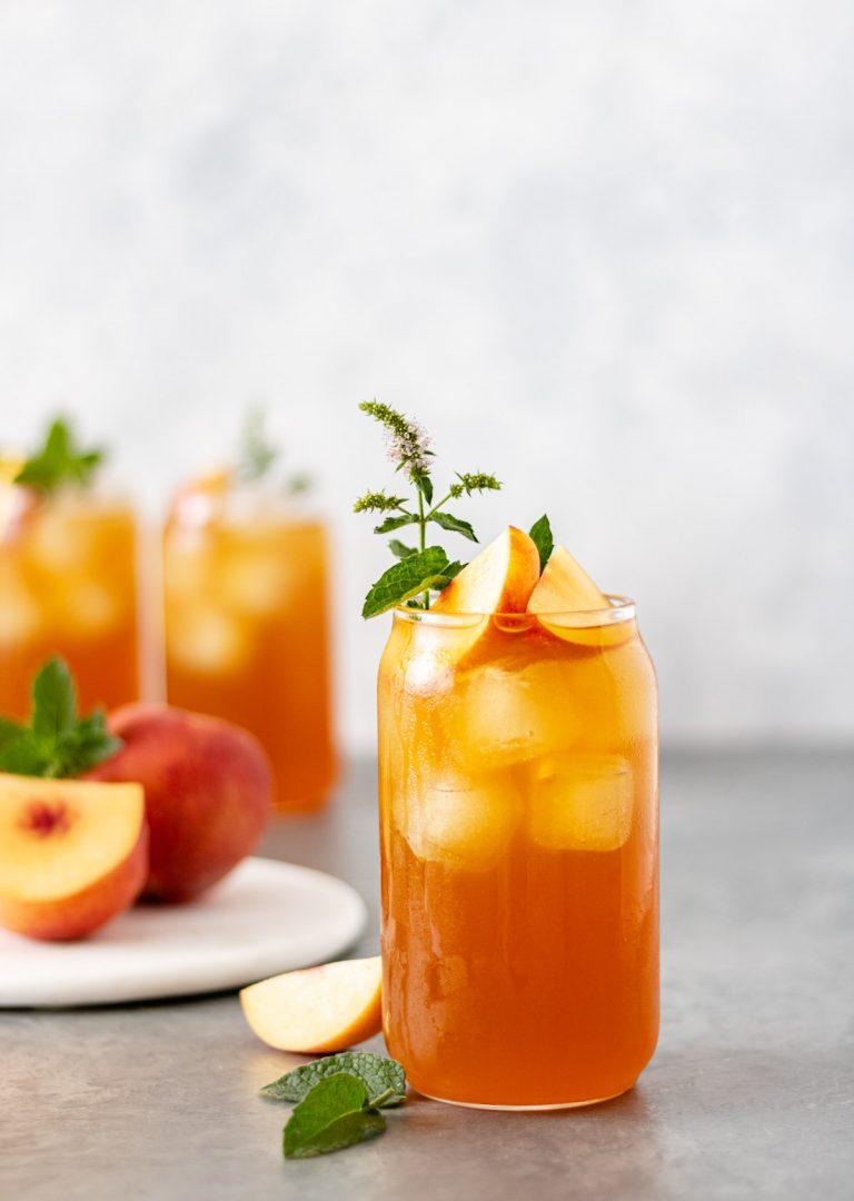 Summer Peach-Lavender Iced Tea